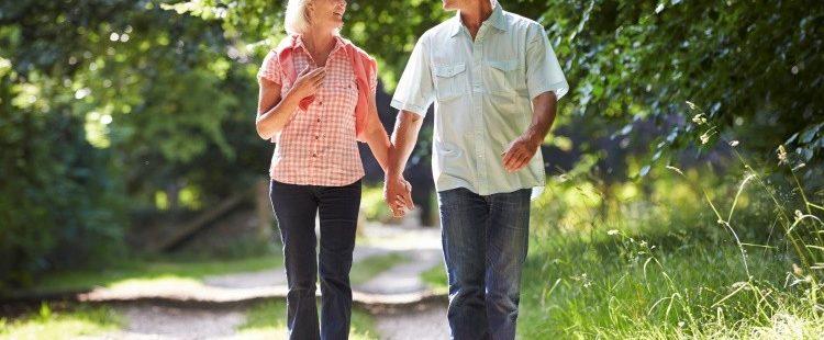 A séta fiatalító hatása